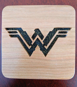 Wonder Woman Hand Cut Wooden Deskoration