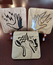 Load image into Gallery viewer, BioShock Plasmid Telekinesis - Hand Cut Wooden Deskoration