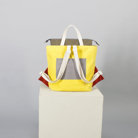 'Cut out' backpack yellow