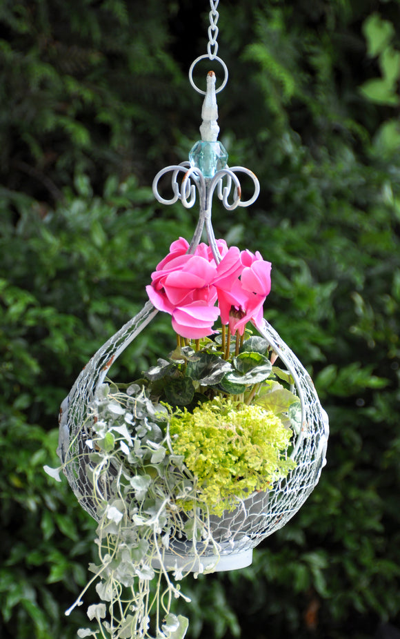 Scroll and Jewel Mesh Hanging Basket