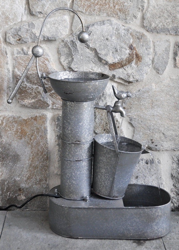 Zinc Bucket Water Fountain