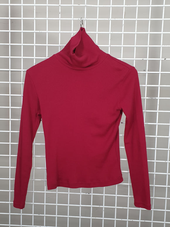 Ribbed Turtle Neck - Red Paint