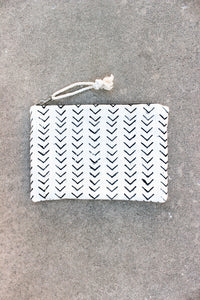 THE MATILDA OVERSIZED CLUTCH