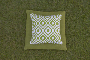 Small Pinamar Cushion on Large Southend Gree Cushion