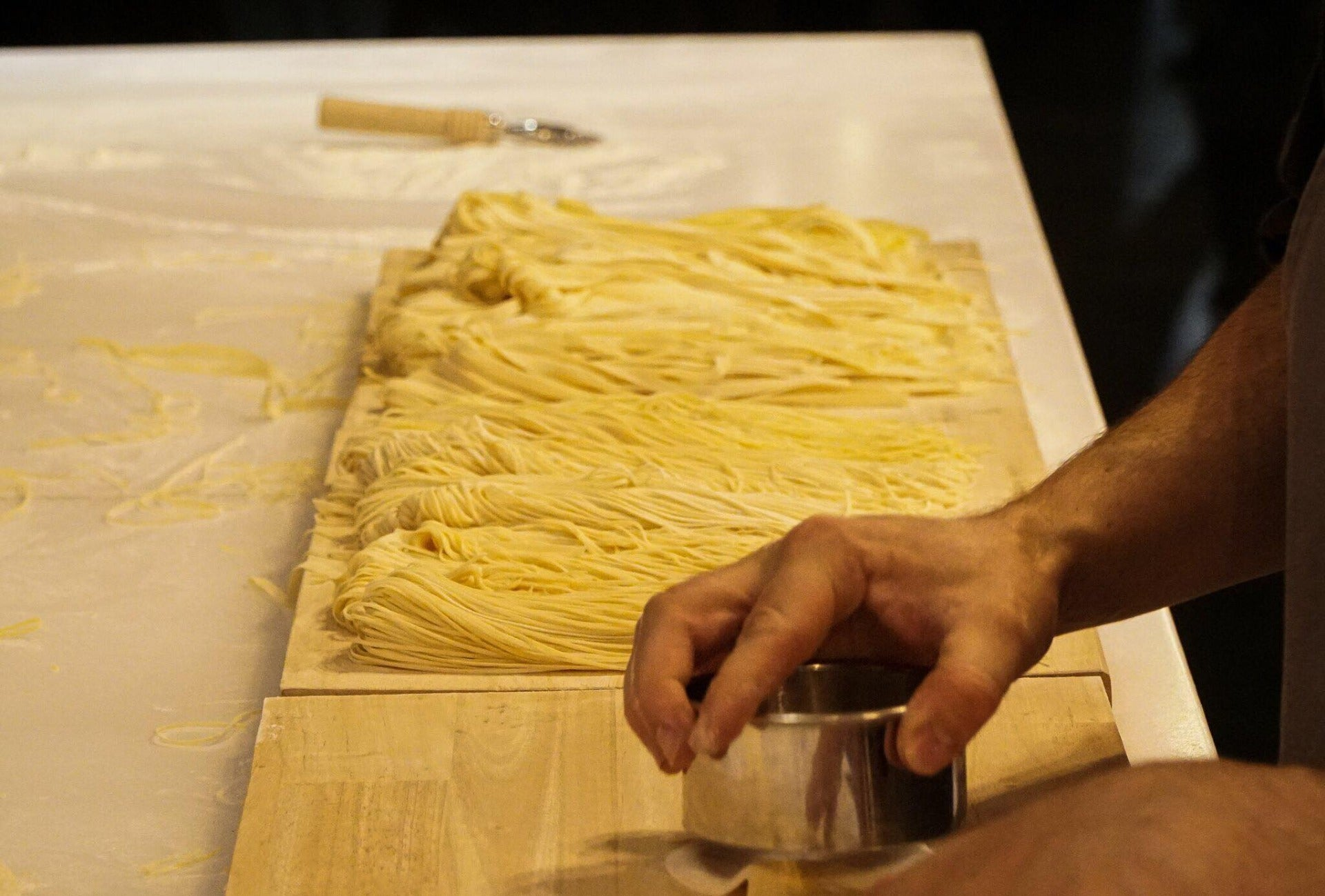 Delivering Fresh Pasta, Sauces & Wine in Melbourne