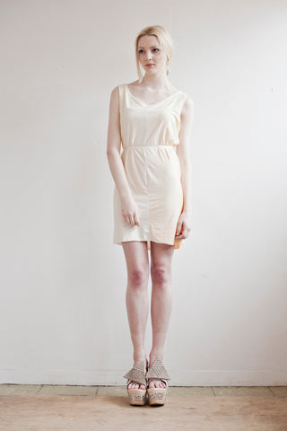 Yellow stretch summer dress in soothing pastel tones