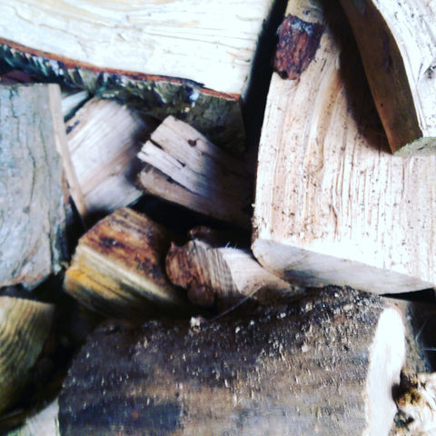 Seasoned Hardwood Firewood Logs