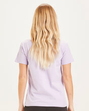 Laden Sie das Bild in den Galerie-Viewer, Knowledge Cotton - Basic Tshirt ROSA - bright white oder pastel lilac