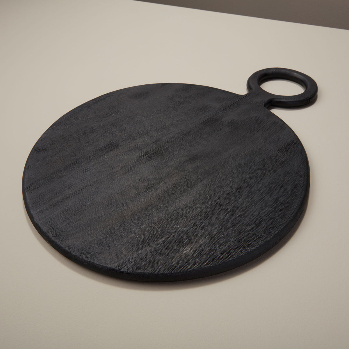 Black Mango Wood Round Board, Medium