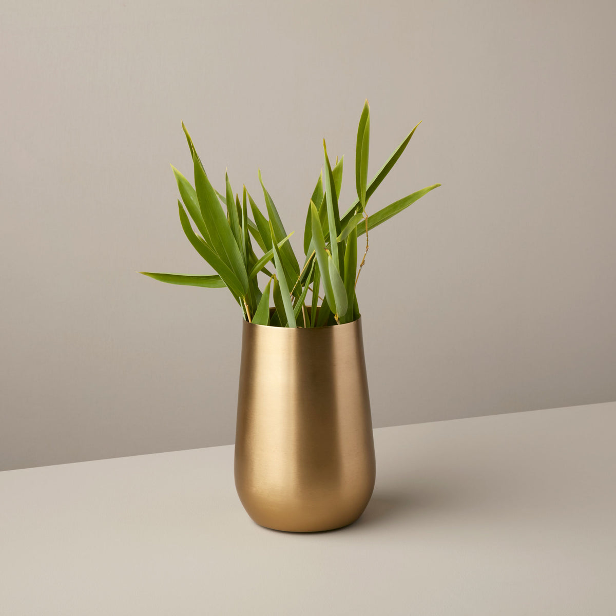Gold Sloped Medium Vase
