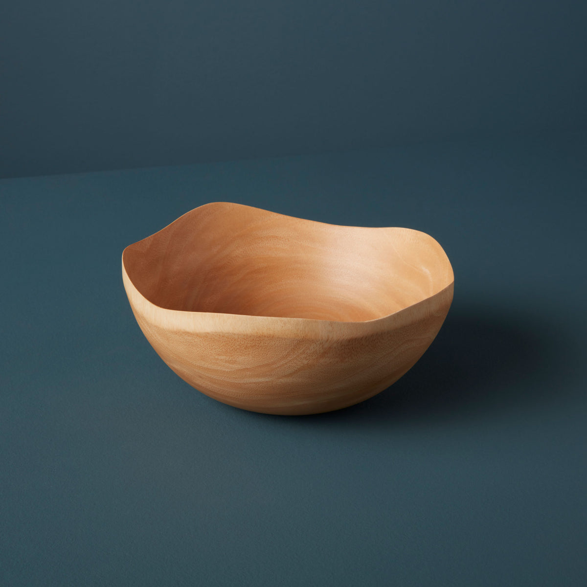 Wave Edge Medium Bowl
