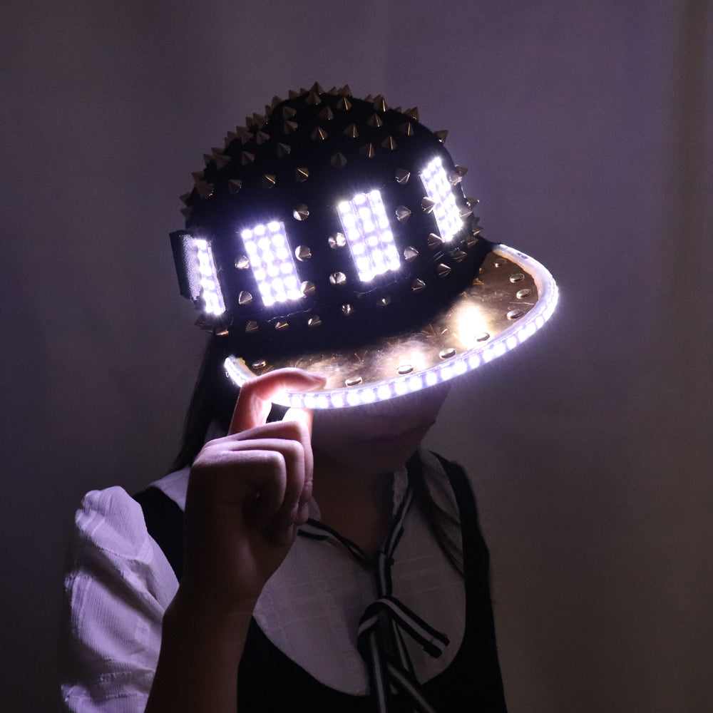 Unisex Punk Hedgehog Rock Rivet Cap Newest Unique Gold Silver Rivet LED Hat Fashion Snapback for Street Hip-hop Rivet