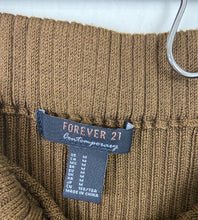 Load image into Gallery viewer, Forever21 Knit Skirt