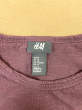 Load image into Gallery viewer, H&M T-Shirt | MED