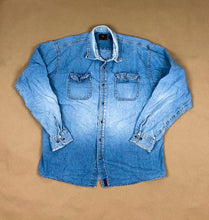 Load image into Gallery viewer, WRANGLER Denim Button Down | XLG