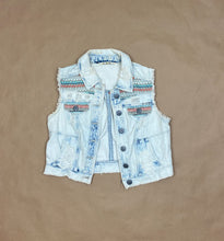 Load image into Gallery viewer, Denim Patterned Vest