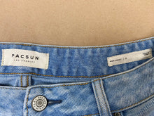Load image into Gallery viewer, PACSUN Mom Shorts | 31