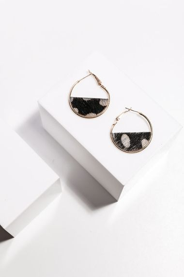 Lulu earrings spotted animal print hoops