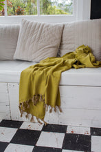 Load image into Gallery viewer, Oatmeal Roma Throw Key Lime