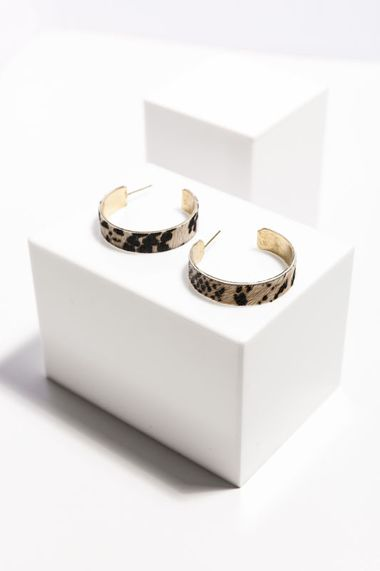 Zola hoop earrings snakeskin