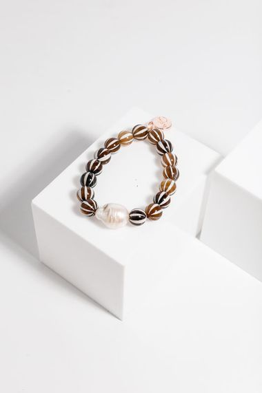 Pia bracelet brown stripes and pearl