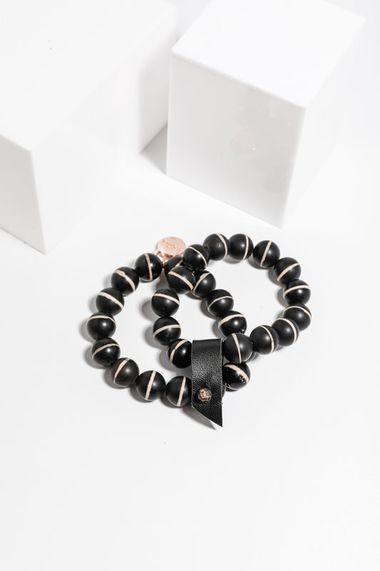 Sienna bracelet beaded black stripes
