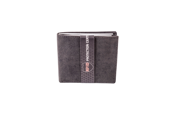 Black Cow Hunter Wallet 2