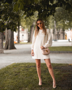 VVB BELL SLEEVE SHIFT DRESS