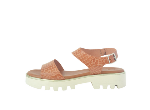 Sitges Salmon Patent Leather Sandal