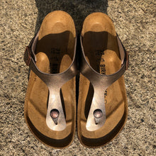 Load image into Gallery viewer, BIRKENSTOCK Gizeh Graceful Taupe Birko-flor