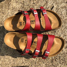 Load image into Gallery viewer, BIRKENSTOCK Florida Fresh Pull Up Bordeaux Birko-flor