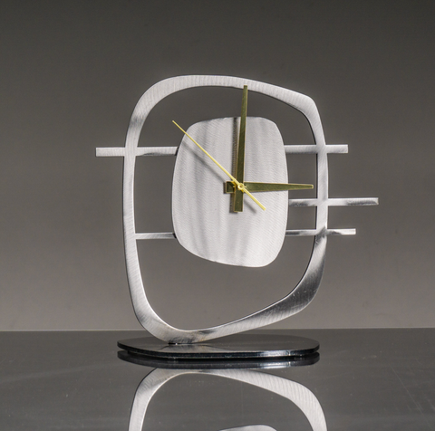 Tall Quasar Clock