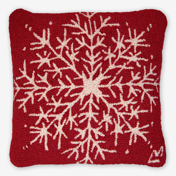 Chandler 4 Corners: Hand-Hooked Wool Pillow: 18x18 Inch Snowflake