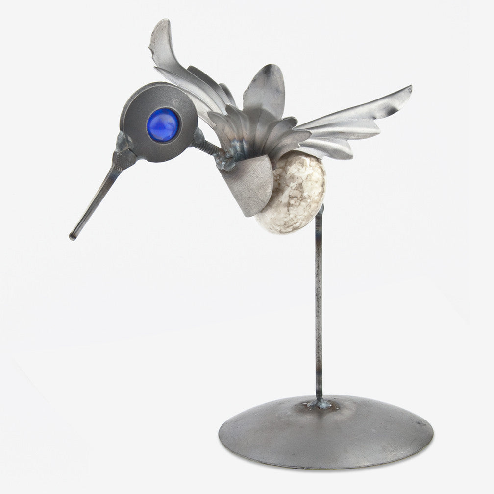 Yardbirds: CK Hummingbird on Stand