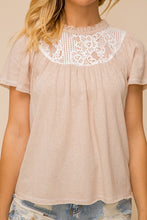 Load image into Gallery viewer, Lace Ruffle Knit Top
