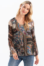 Load image into Gallery viewer, Printed V Neck Blouse