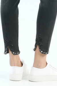Pant w/Embellished Bow