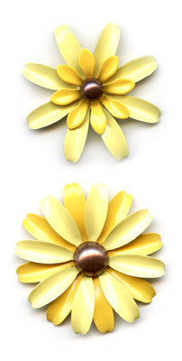 Sassafras Lass Vintage Brooch - Lemon Yellow
