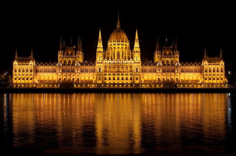 Budapest Parliament Building At Night Canvas