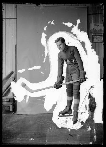 Vintage Hockey Player with Paint Outline Canvas