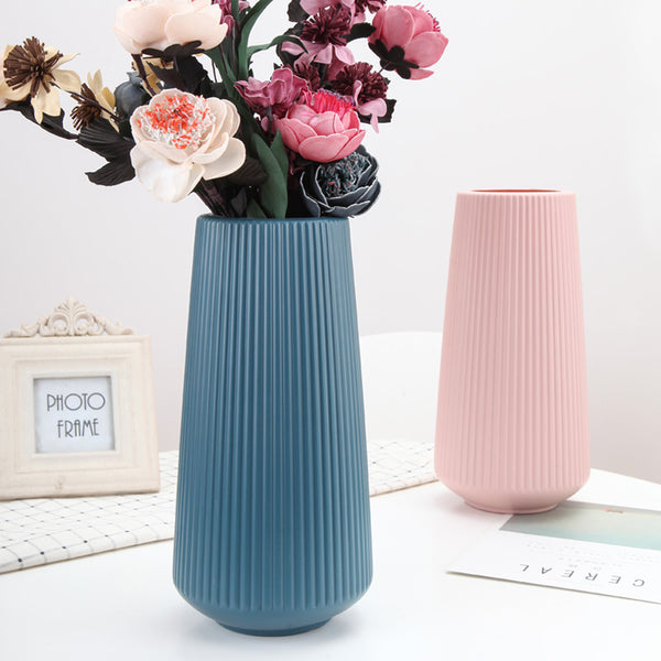Origami Plastic Table Top Vase - The Quirky Home Co