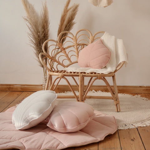 products/LIGHT-PINK-LINEN-LEAF-CUSHION-CUTE.jpg