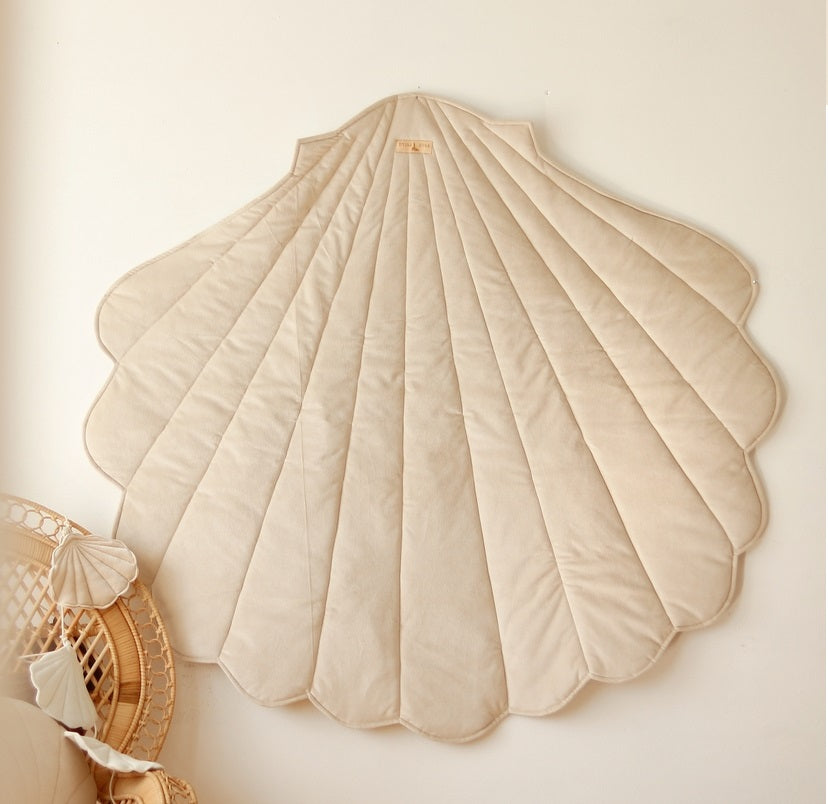 Cream Velvet Sea Shell Mat
