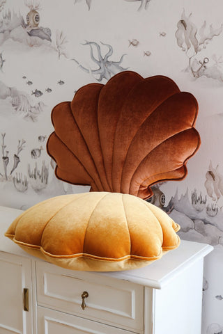 products/gold-pearl-shell-pillow-moimili_2_2000x2000_a8e3ae76-48c8-46d5-8bfd-411a529ff987.jpg