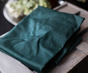 MIND THE MAKER ORGANIC DRY WAXED COTTON IN DARK GREEN