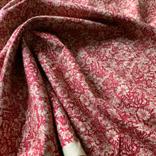 Load image into Gallery viewer, BURGANDY AND BEIGE FLORAL COTTON POPLIN FABRIC