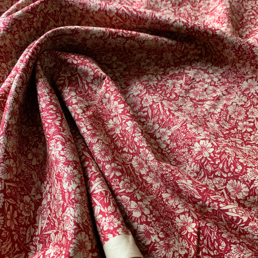 BURGANDY AND BEIGE FLORAL COTTON POPLIN FABRIC
