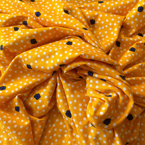 DOTS AND DAISIES VISCOSE JERSEY YELLOW REMNANT 187CM X 150CM