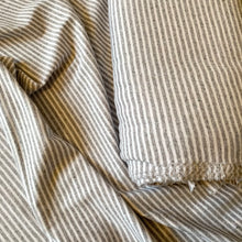 Load image into Gallery viewer, LIGHT GREY MELANGE STRIPE COTTON JERSEY FABRIC