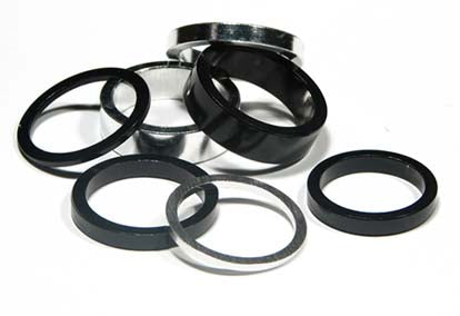 ALLOY SPACERS BLK AND SILV